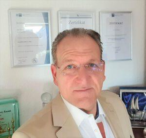 Lars Treuten, Immobilienmakler
